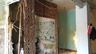 видео Демонтаж деревянного пола