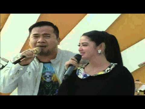 Dewi Persik Duet Mesra Dengan Saipul Jamil - MNCTV Festival (11/10)