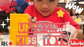 Unboxing Kids Toys - France Roblox Mystery Box - France Figure de jouet de surprise