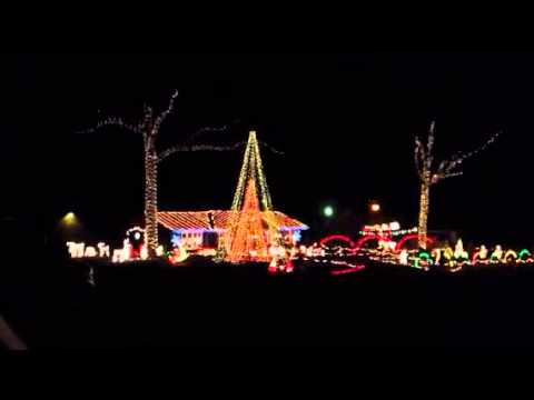 Crazy Christmas lights in Fuquay-Varina, NC - YouTube