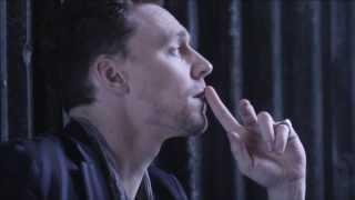 Tom Hiddleston - Sail