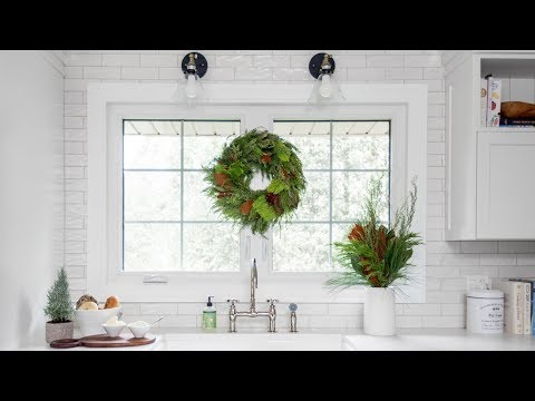 Makeover | A Winter-White Home Perfect For Holiday Entertaining