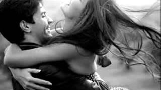 GRUPA MA3X - U mom zagrljaju