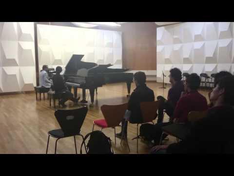 Clase magistral de piano con Vincenzo Maltempo