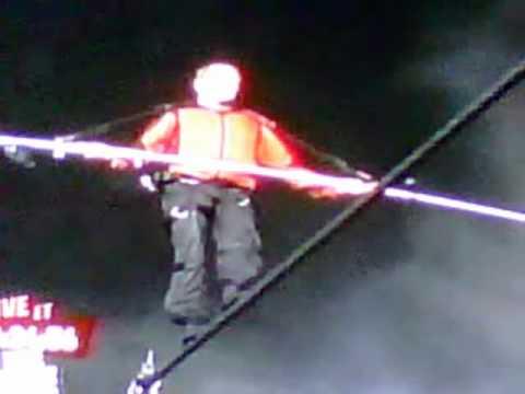 Nik Wallenda Walks Across Niagara Falls (Original)