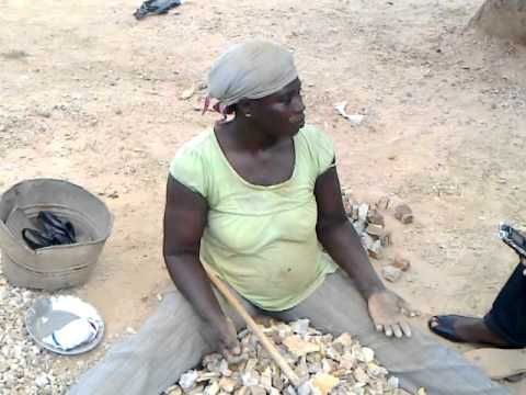 stone weaning site in somanya.mp4
