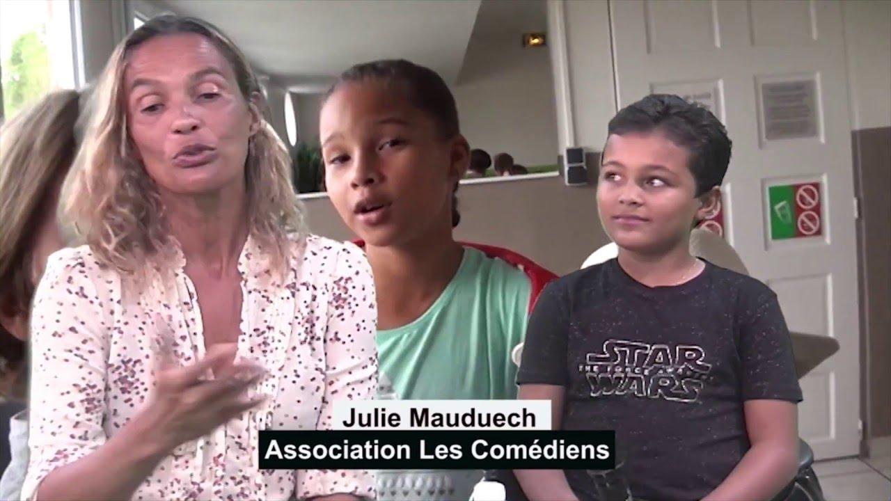 Julie Mauduech Nude Photos 33