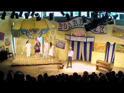 USDAN LegallyBlonde Show