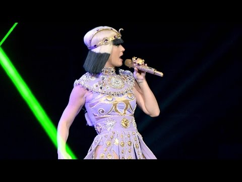 Katy Perry  ET  at Prismatic World Tour  HD