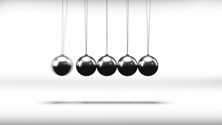 Newton's Cradle Pendulum Balls - Series Of 3 Loop