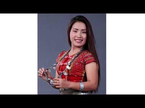 Naomi Par Tha Sung - Ka Mitthli with lyrics