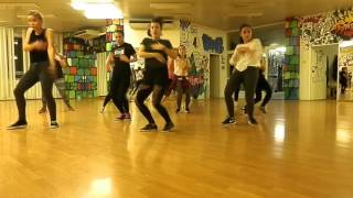 DANCEPOINT - DANCEHALL Mr. Lexx Walk Out / Raduš Lišková