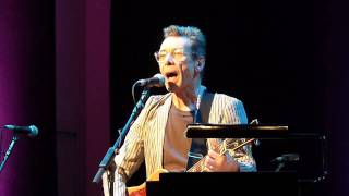 Rab Noakes - Mississippi (Bob Dylan cover) - Glasgow, Celtic Connections 2012