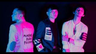 Adaptasi Atau Mati - Peraukertas feat. Tuan Tigabelas (Official Audio)