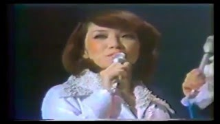 Japanese musical stars Ran Ohtori(male part)and Jun Anna are sing...