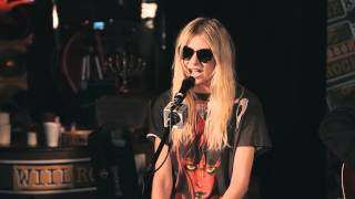 The Pretty Reckless - Make Me Wanna Die & Going to Hell (acoustic, w/ interview)(1080p)