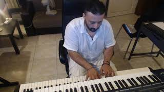 ΠΕΡΑ ΑΠ' ΤΑ ΜΑΤΙΑ ΜΟΥ - Γιάννης Πλούταρχος [Live Piano Karaoke] By Chris Sitaridis