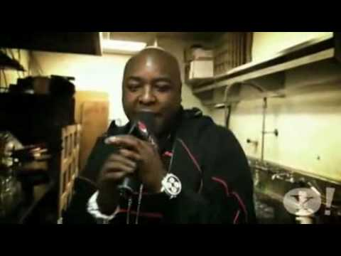 Pass The Mic: Busta Rhymes, Jadakiss, Jay Rock & Raekwon ( No Jim Jones