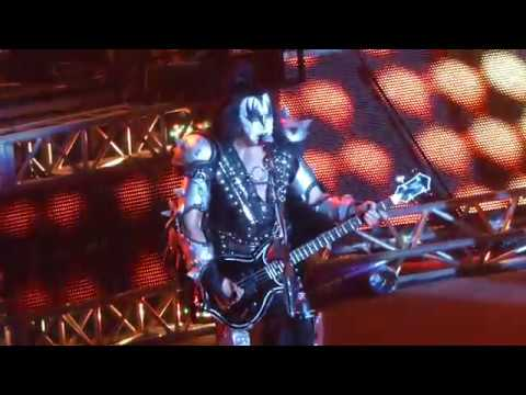 Kiss  I Love It Loud   Live in Italy Torino  2017