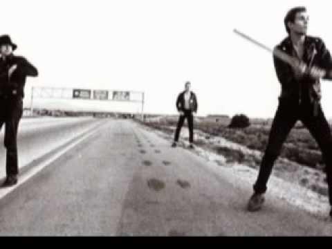 The Clash - English Civil War (Lyrics)