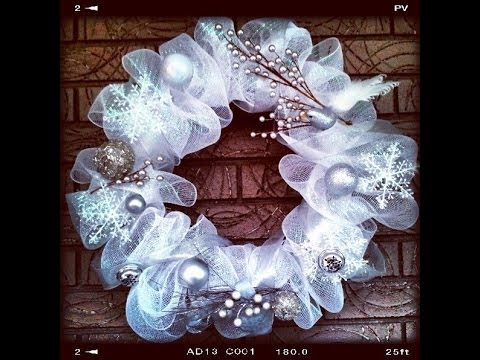 how to make geo or deco mesh wreath easy quick tutorial