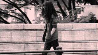 【Part 1 STORY】 美術学校に通うアンジェ。 ある日、恋人のYUの部屋に...