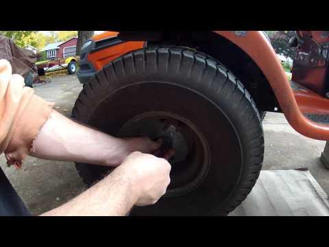 husqvarna-lawn-tractor---rear-tire-removal