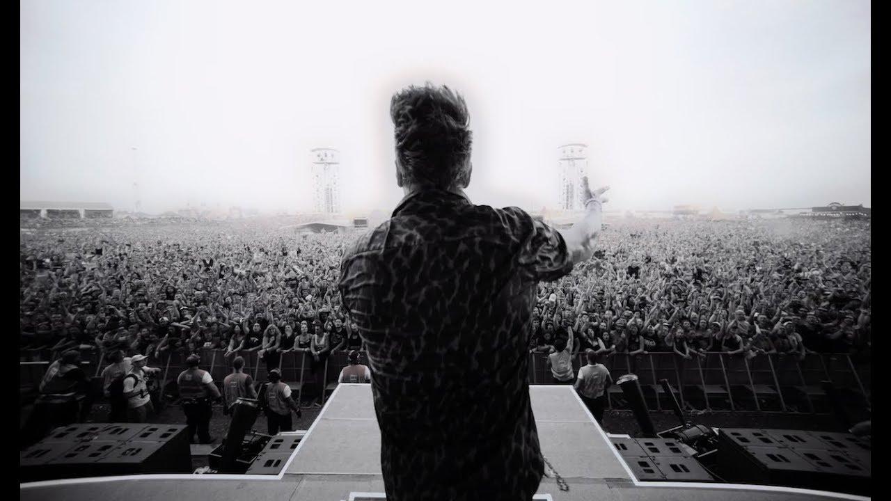 Papa Roach - Feel Like Home (Live Performance)