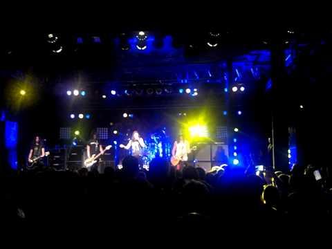 "SLASH ""Apocalyptic Love"" Live 7/12/12 Portland,OR"