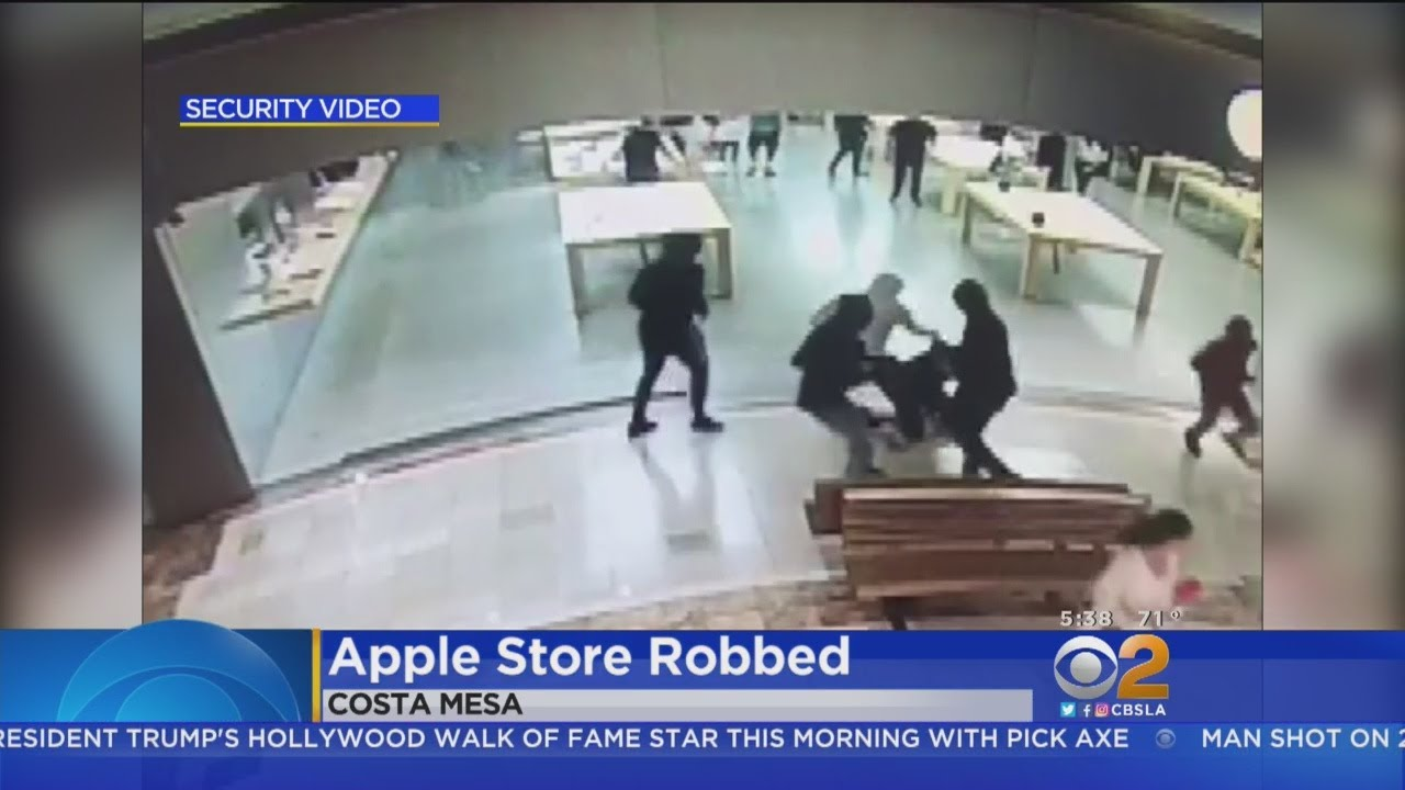 Group Robs South Coast Plaza Apple Store
