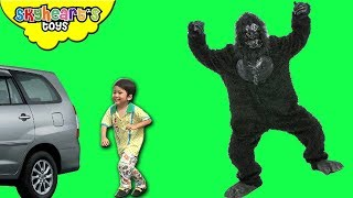 ANGRY GORILLA chasing our car (Part 3) | Skyheart's Toys Gorilla Series Monster Monkey Big Foot