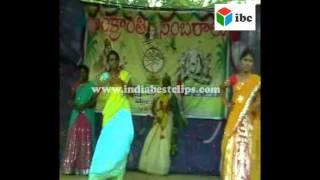 indian women festival dances