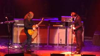 Joe Bonamassa, Warren Haynes - Look Over Yonders Wall - 5/16/13 Beacon Theater