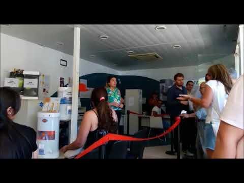 Fuerte reclamo vecinal en la oficina de gas natural fenosa de z rate youtube - Oficina gas natural sabadell ...