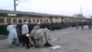 Train can't wait.    By  AHSAAN KHAN