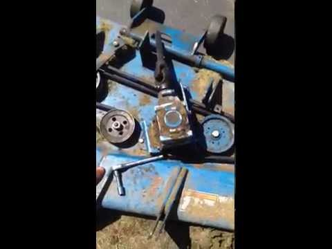 new holland 914a mower belt replacement youtube rh youtube com New Holland GT75 Lawn Tractor New Holland T1520