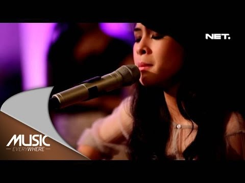 Music Everywhere Feat Maudy Ayunda - Tahu diri Mp3