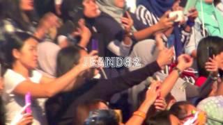 WOW!! SEPARUH AKU ~ARIEL NOAH DAPAT GELANG DARI PENONTON DI HONGKONG SESI 1(JEAND82)