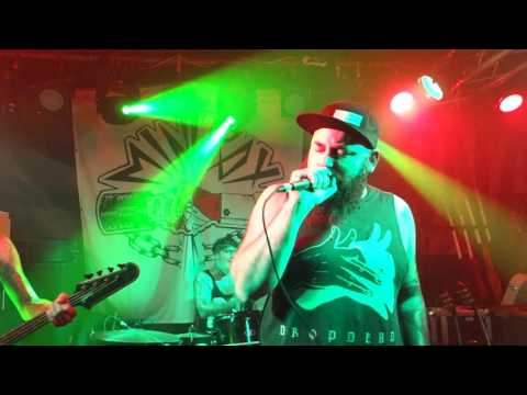 Minipax - live @ Aggropunk Fest Cassiopeia Berlin 29.09.2016