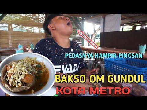 kuliner-pedas-kota-metro-|-bakso-om-gundul-(hampir-pingsan-makannya-😱😱)