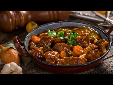 The Dutch Oven Beef Stew! Easy and Delicious!