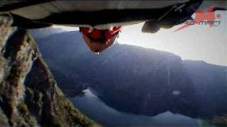 Mountain swooping with wingsuit