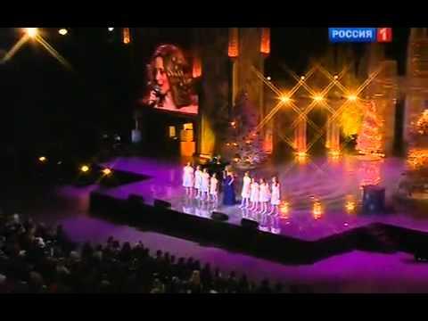 lara-fabian---lou-&-mr.-president-@-christmas-song-of-the-year-(russia,-06.01.2011)