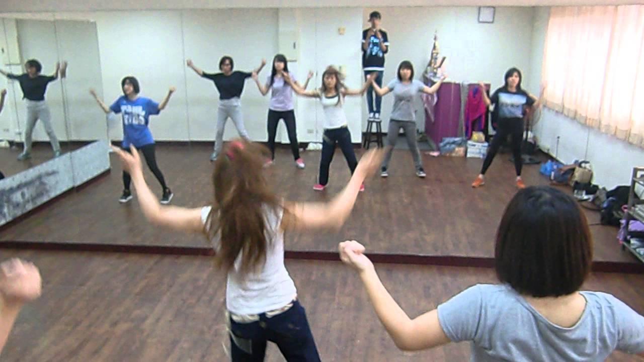 20141109a MEI 跳進來JUMP IN崴德老師 舞蹈教學5之同學練習 - YouTube
