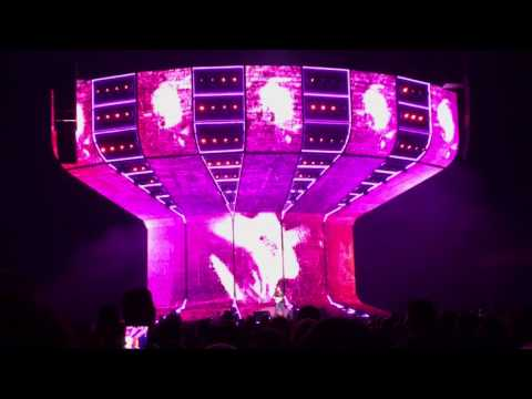 Ed Sheeran (Divide Tour) - Portland - 007