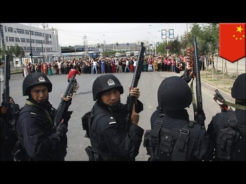China Xinjiang clashes: Chinese police shoot dozens Uighurs dead