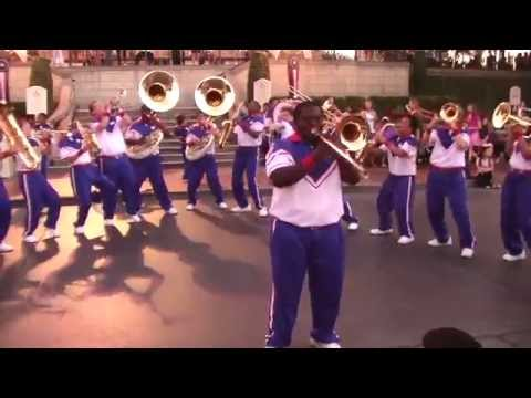 Earth Wind & Fire Tribute - 2014 Disneyland All-American College Band Last Day/Last Set
