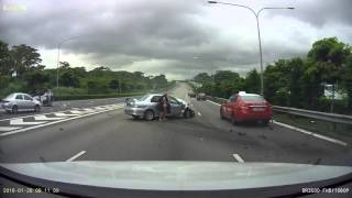 Horrible Accident In Singapore SLE Expressway