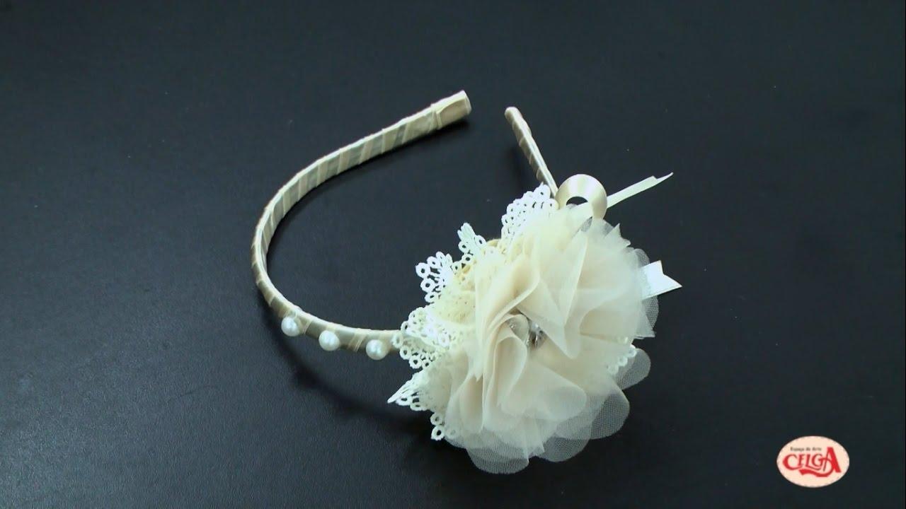 c016127374d7b Como fazer uma tiara com flor de tecido - Passo a passo com Eliana Donato