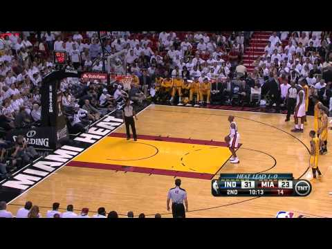 Bad call: Sam Young gets T'd up for looking at LeBron - Pacers @ Heat, Game 2